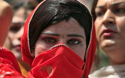 On court's order, Pakistan to count its transgenders