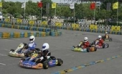 Racers Deepak, Yash impress in National Championship practice session