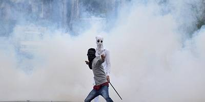 Student injured in Kashmir clashes