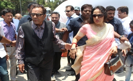 Dharmendra campaigns for Hema Malini in Mathura