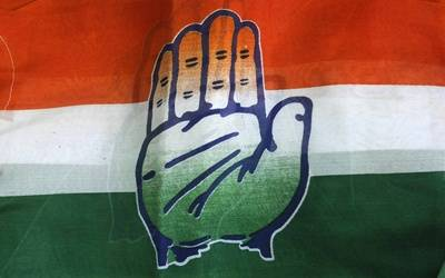 Congress stages walkout from LS over MLA poaching in Karnataka