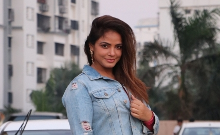 Feels great collaborating with Rekha Bhardwaj: Neetu Chandra