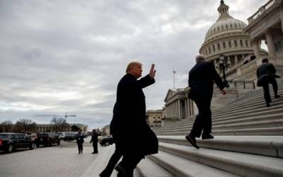 Trump walks out of meeting with Democrats over government shutdown