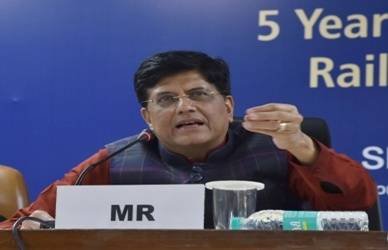 Goyal slams Congress over Rae Bareli coach factory