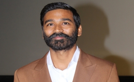 Dhanush, Bejo show off dance moves in '...The Fakir'