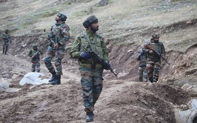 Pak Army men cross LoC, fire at Indian post killing soldier