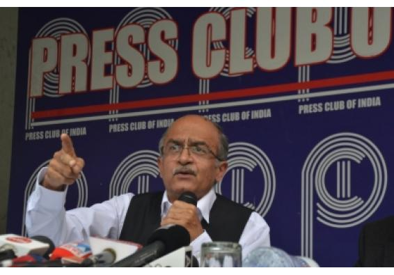 Ahead of contempt hearing, Bhushan challenges validity of 'criminal contempt'