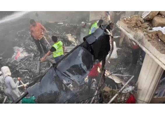 Bollywood expresses shock and grief at Karachi plane crash